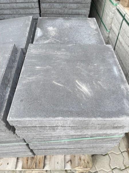 2. Wahl Betonplatte 50x50x5 cm anthrazit