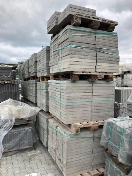 2. Wahl Betonplatte 50x50x5 cm grau/ zementgrau