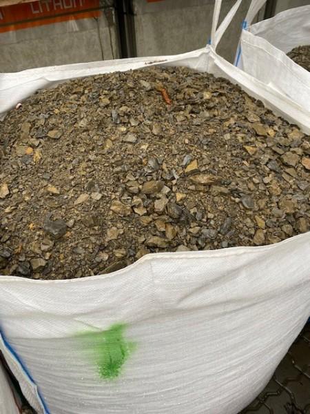 Schotter/ Mineralbeton 0-32 mm im Big Bag 0,75 m³ = ca. 1350 kg oder ca. 750 ltr