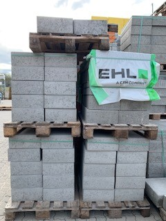 2. Wahl Beton Blockstufe 100x35x15 cm grau